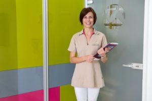 f81b9005ret-300x200 Franciául beszélő adminisztrációs munkatársat keresünk!