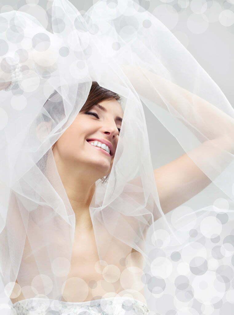 Hogyan mutathatod legelőnyösebb arcodat az esküvői fotókon?